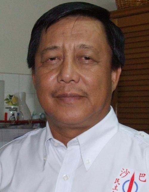 Dr._Edwin_Bosi2